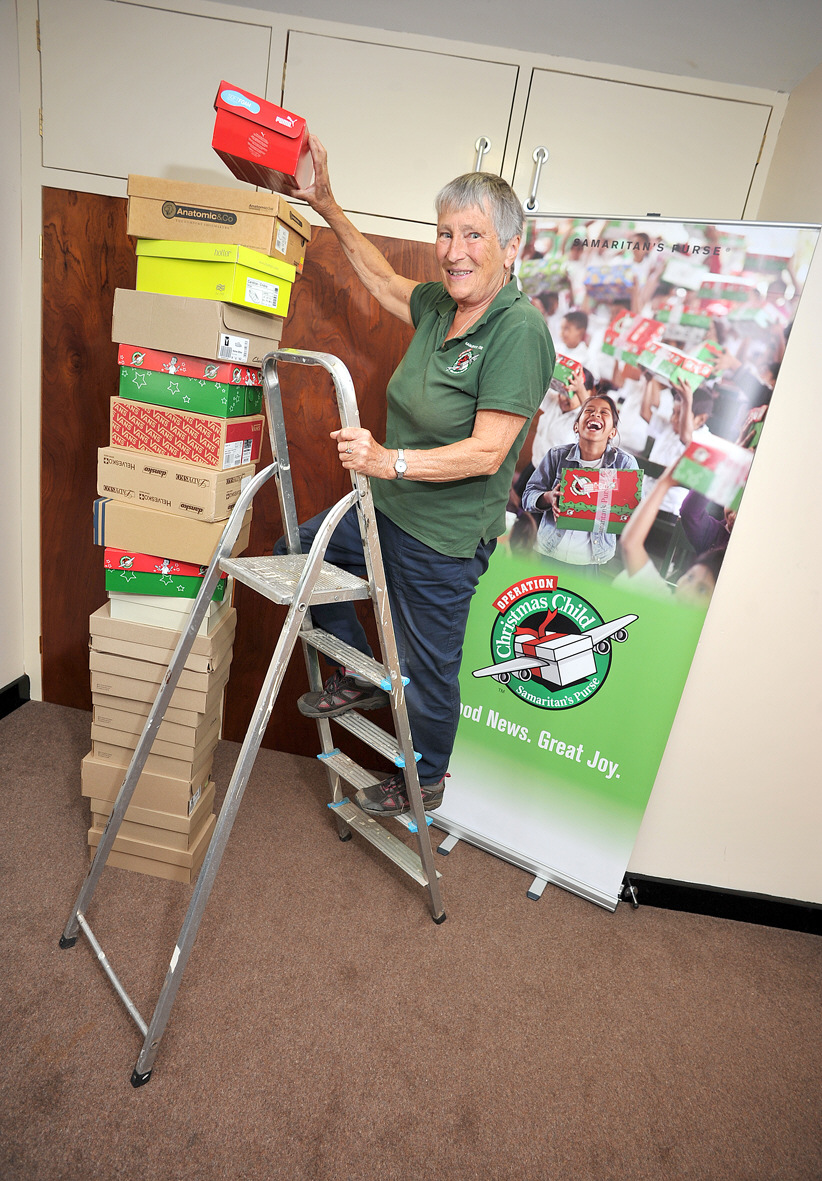 Operation Christmas Child Logo Svg.Can You Help Pack Boxes In Barnt Green For Operation