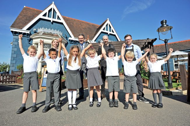 Lickey End First School's £2,580 boost from Bromsgrove's new Mediterranean restaurant